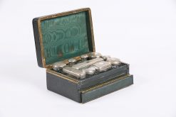 6146 - 19th Century Gentlemans Dressing Case