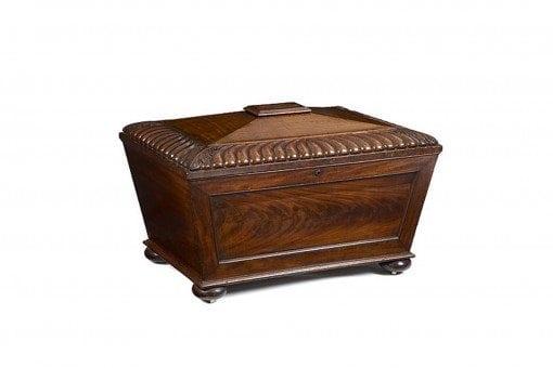 Early 19th Century William IV English Mahogany Wine Cooler