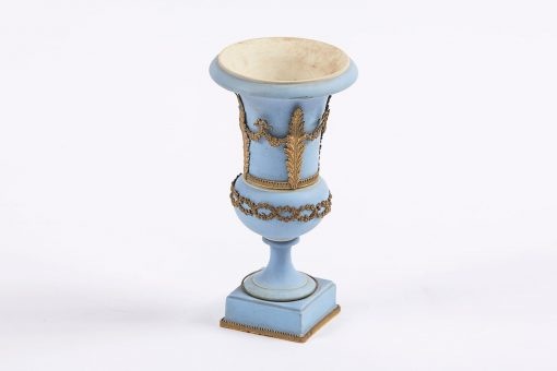 19th Century Neoclassical blue decorative vase of campana form, on square plinth with applied ormolu decoration, stamped Wedgwood, England. Josiah Wedgwood and Son, Etruria Staffordshire.