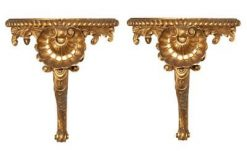 Early 19th Century William IV Pair of Giltwood Brackets