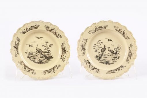 9508 - 18th Century Pair of Wedgewood Creamware Plates